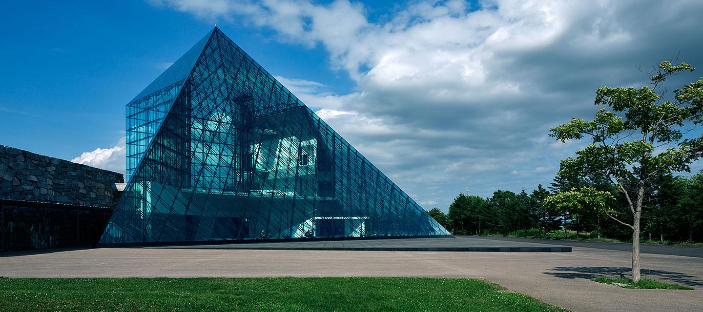 モエレ沼公園 ガラスのピラミッド